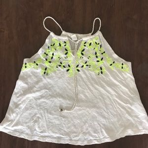 Forever 21 women's embroidery top size M